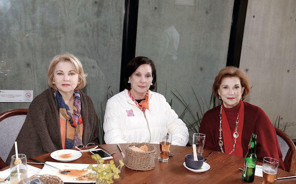 Amalia Lozano de Maiz, Laura Casas de González y Patricia Montemayor de Gracia