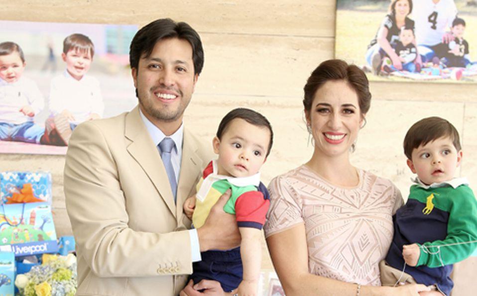 Anwar Estrada, Dante Estrada, Daniela Espinosa y Leonardo Estrada ##