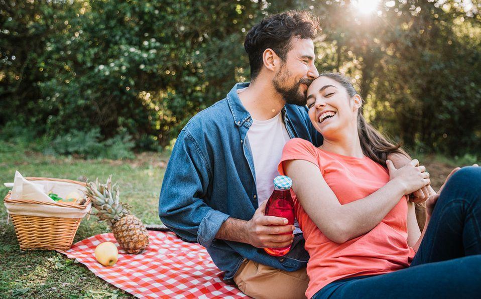 Además de conectarte con la naturaleza, un picnic será un plan muy creativo. Foto: Archivo