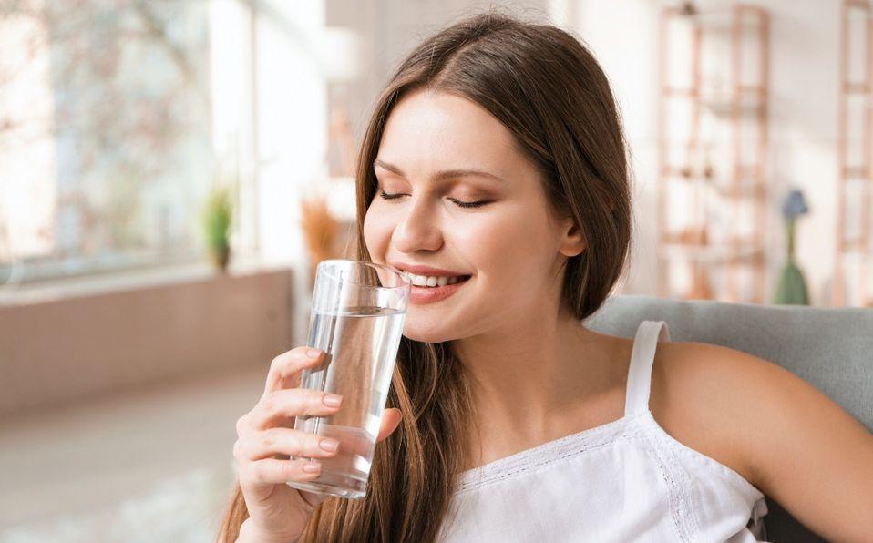 La hidratación es importante para tener una piel sana (Foto: Shutterstock)