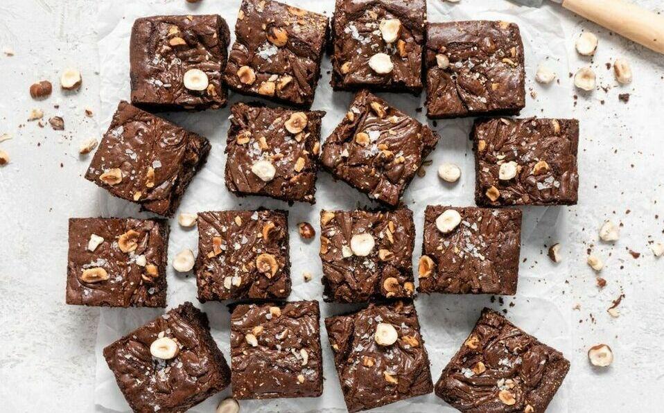 Prepara un delicioso brownie este San Valentín con giro saludable.  (FOTO: Instagram @food.duchess)