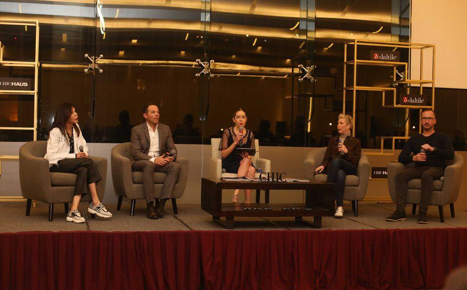 Cristina Lankenau, Roberto Alegría, Marien Martínez, Raquel Martínez y Cristina Lankenau