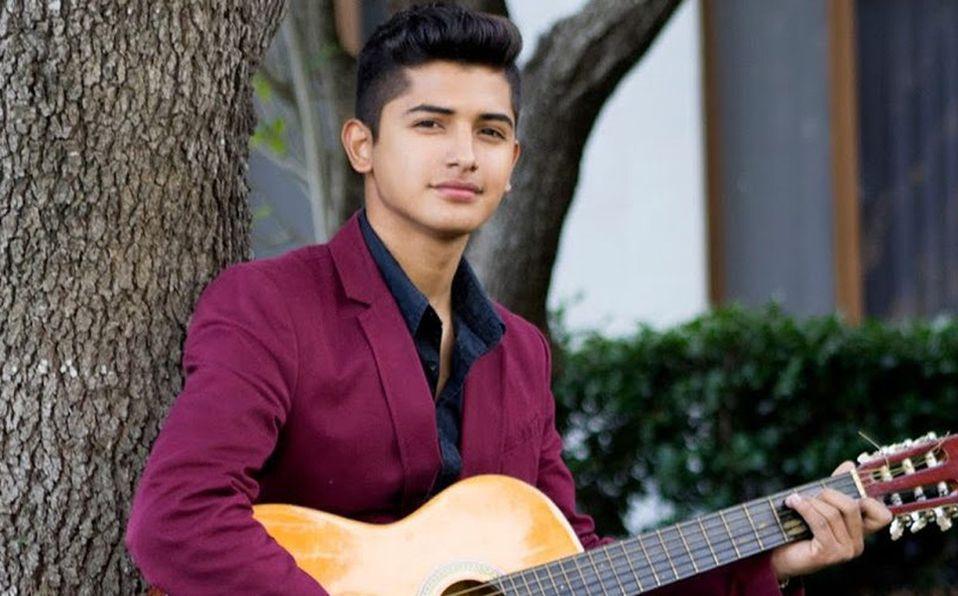 Neto Bernal es un joven cantante que emergió de las redes sociales y ahora figura en los escenarios internacionales (Foto: Cortesía)
