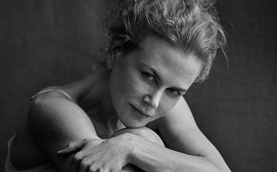 Nicole Kidman presume su belleza natural y se une a la tendencia braless
