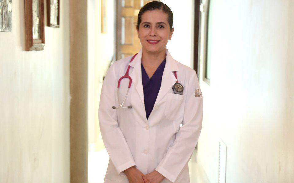 La doctora Violeta Rodríguez ayuda a superar la pandemia por Covid-19 (Foto: Vayron Infante)