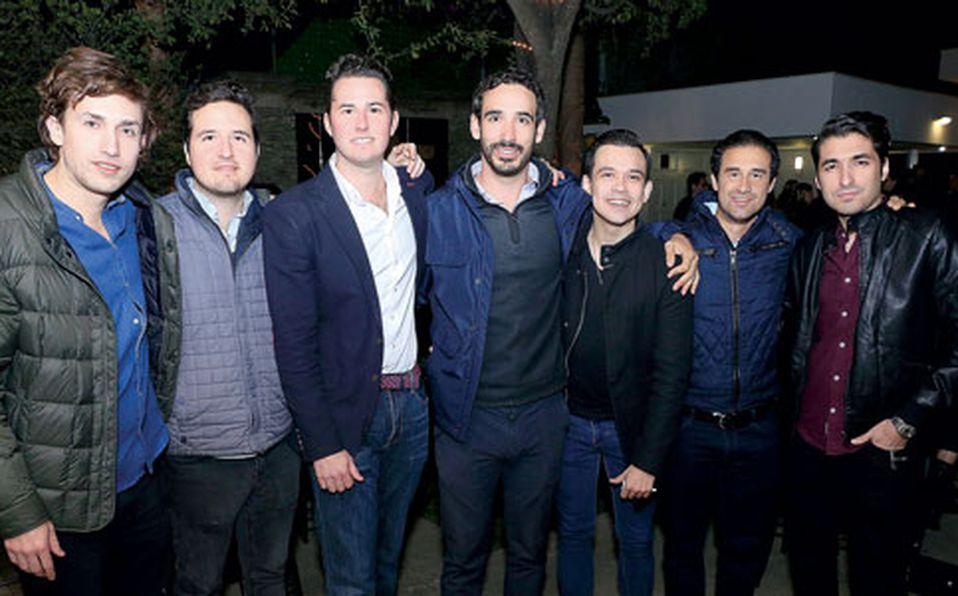 Jerry,-Eugenio,-Jimmy,-Mundo,-José-Luis,-Andrés-Olvera-e-Isaac-