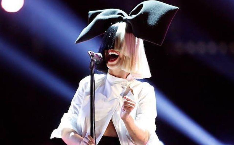 Sia revela que adoptó 2 adolescentes el año pasado (Foto: Instagram @siamusic)