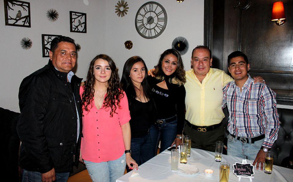 Carlos Alamilla, Paty Capetillo, Litzin Castelán  y Sandra Roldán