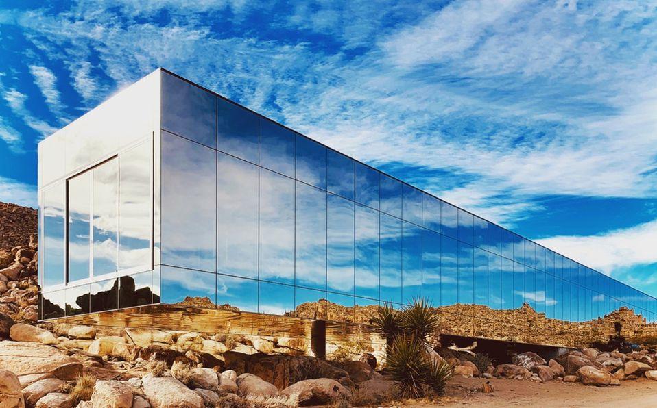 Invisible House, la casa de cristal ubicada en California