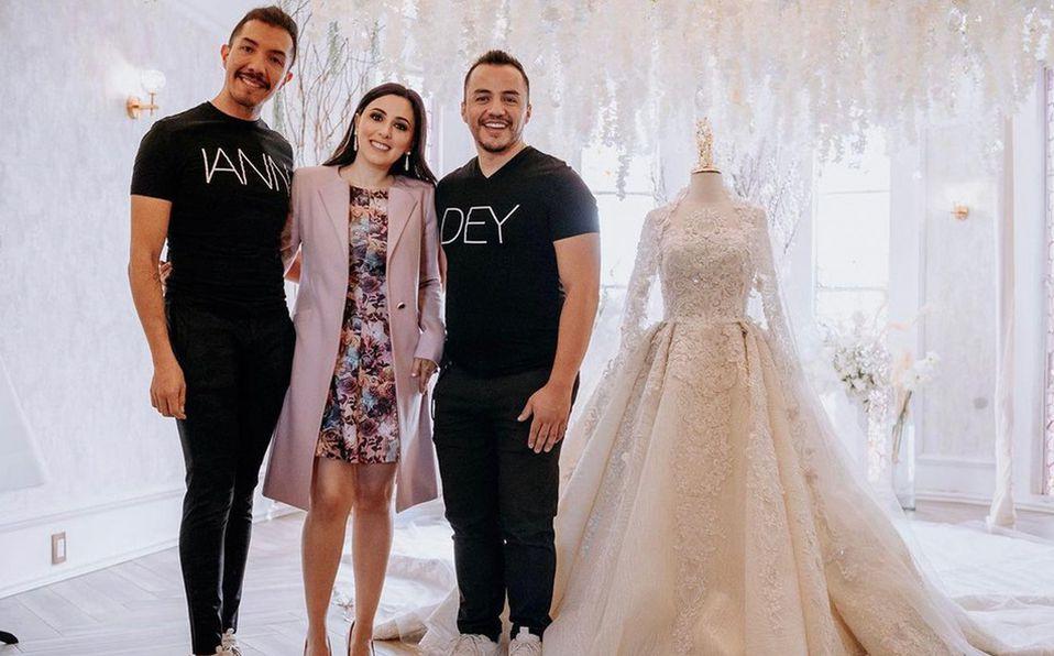 Iván Gallegos y David Márquez junto a la futura novia Hanna Jaff. Foto: Instagram Iann Dey