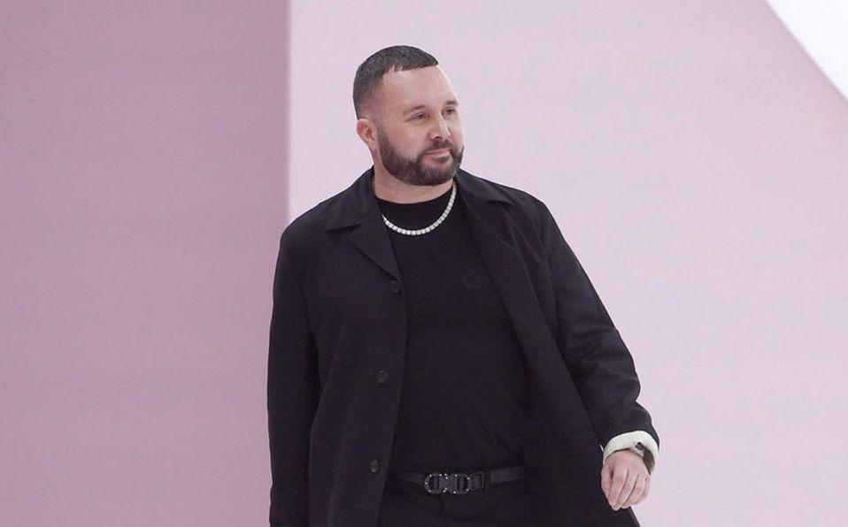 Kim Jones será el nuevo director creativo de Fendi, tomando el lugar de Karl Lagerfeld.
