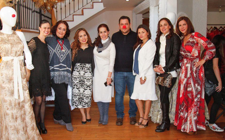 Rocío Balderrama, Paty Senties, Mariana Galindo, Bárbara Rodríugez, Alejandro Barboza, Lizbeth Guerrero, Mayela Jiménez e Indra Rivera