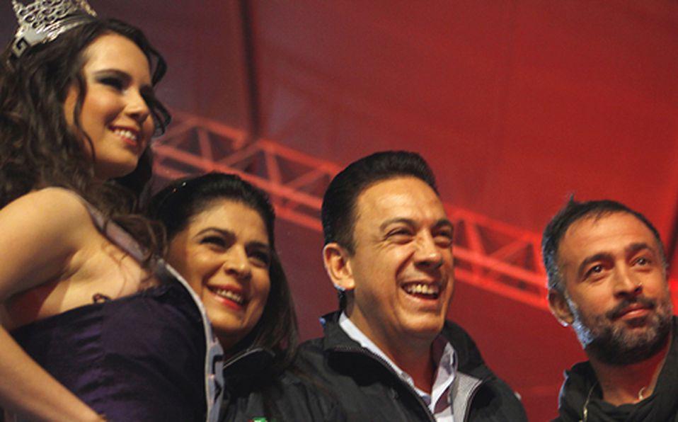 Karen Jasso, Victoria Rufo, Omar Fayad y Mario Domm