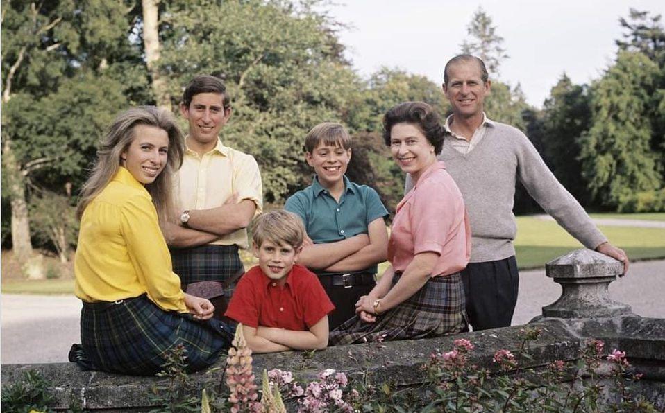 Reina Isabel Cuantos Hijos Tiene