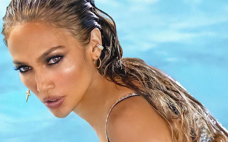 Jennifer Lopez y el bikini metálico que presumió en redes (Foto: Instagram)