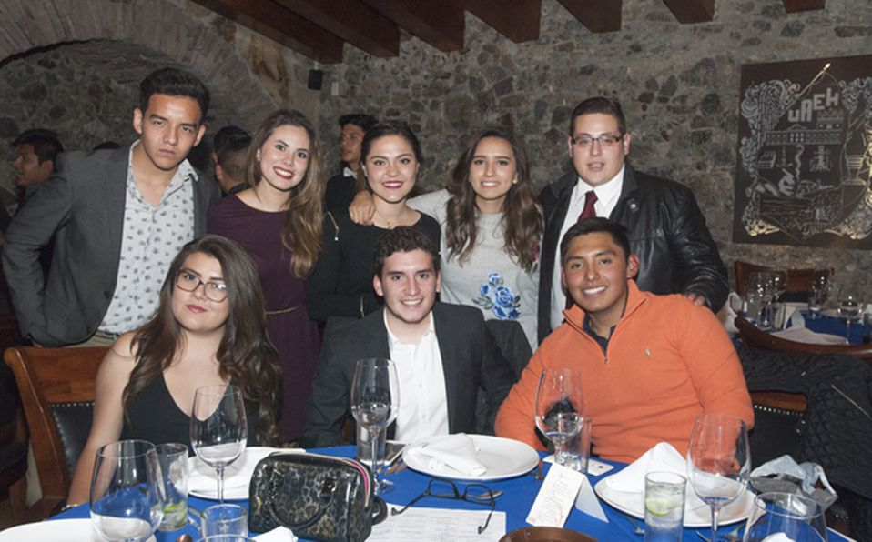 Mauro Santigo, Alicia Peláez, Mariana Suárez, Allison Coquet, Jahzeel Escudero, Michell Trejo, Cahbeli Roshhashanah y Betsy Coquet
