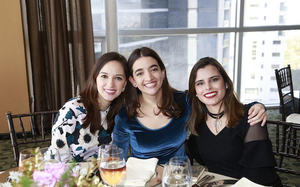 Ileana Canales de Ibarra, Ileana Ibarra y Patricia Hernández