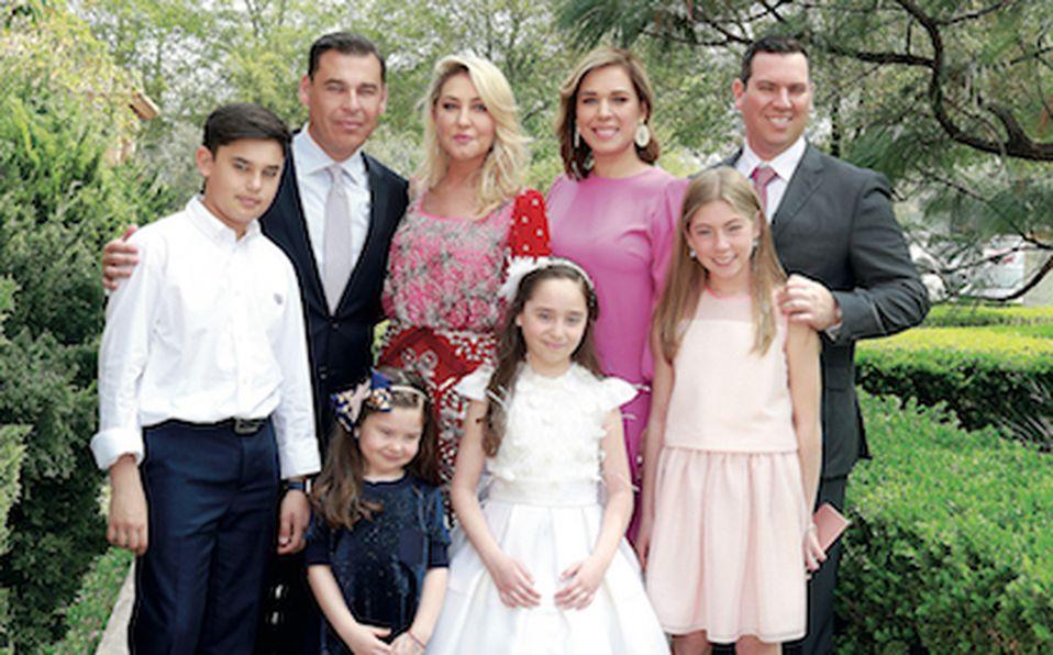 Rodrigo Lascuráin, Sofía Venegas de Lascuráin, Ernesto Ibarra, Liliana Sada de Ibarra,  Denisse Siller de Parga,José Luis Parga, Eugenia Lascuráin, Gi