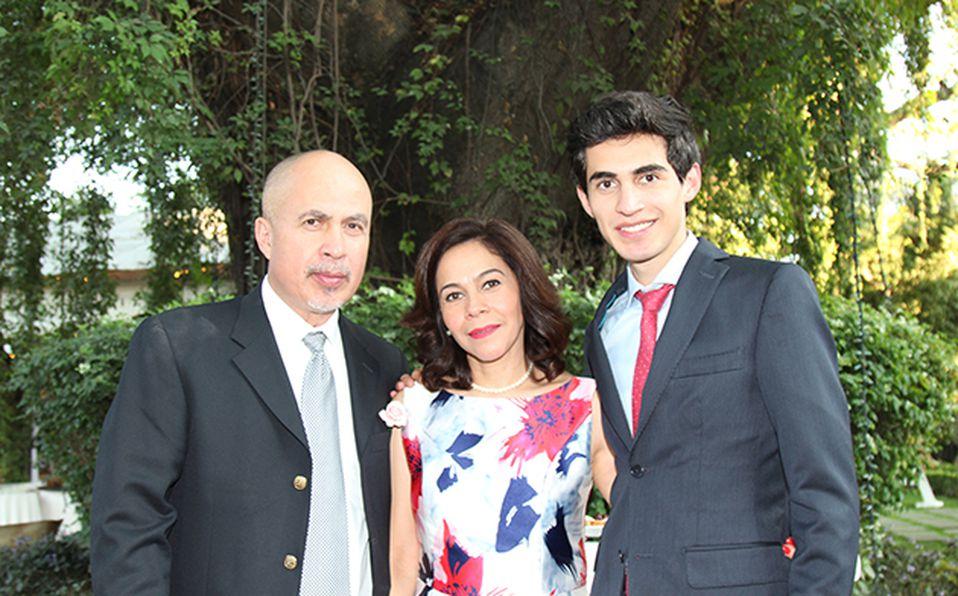 (Principal) Jimena Hernández y Arturo Castrejón