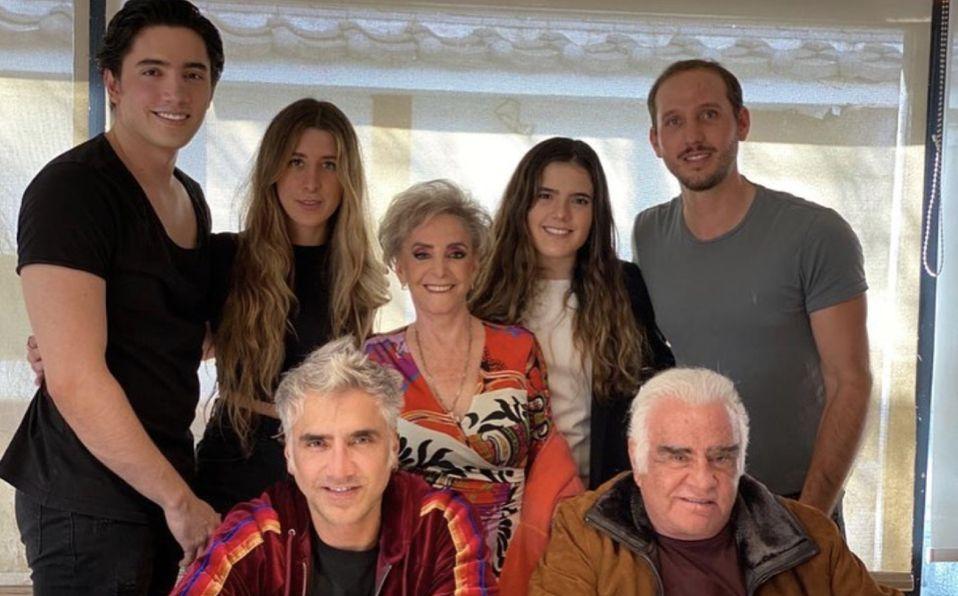 Quiénes son todos los hijos de Alejandro Fernández (Foto: Instagram)