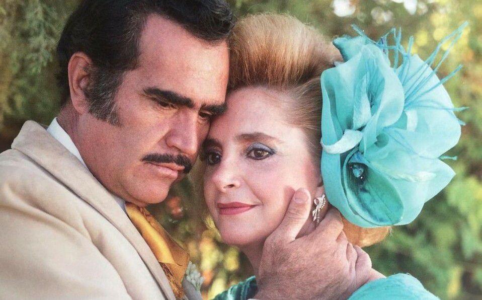Vicente Fernández y doña Cuquita Abarca (Foto: Instagram).