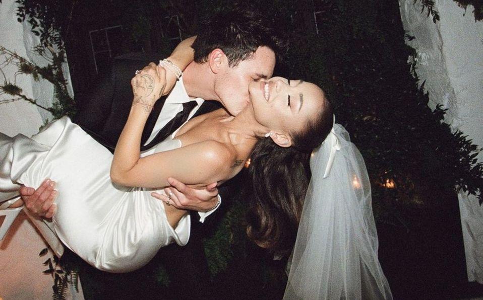 Ariana Grande: Así fue su hermoso vestido de novia   Fotos (Foto: Instagram)