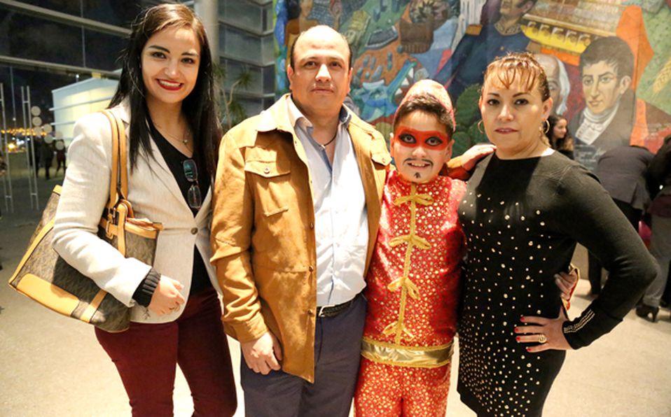 Ana Ortegam Pao Meneses y Ximena Mejía