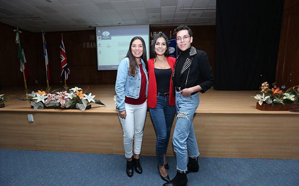 DANI MARIN, NANCY PULIDO Y WENDY MARIN 2