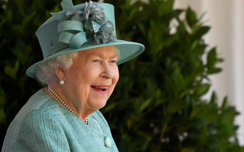 Reina Isabel Aparece En Publico Por Su Cumpleanos Tras Cuarentena