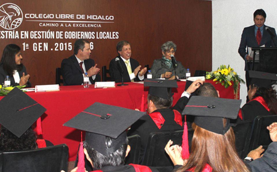 Presidium de gala Mtra. Anahy Vargas, Lic. Armando Hernández, Lic. Sarkis Jeitani, Dra. Rocio Ruíz
