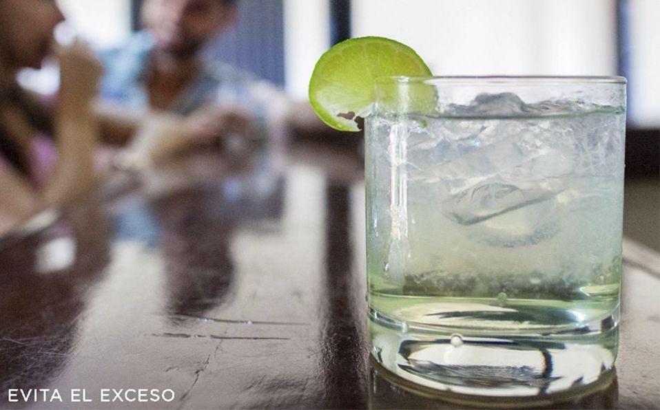 Coctel con licor Casa D'Aristi